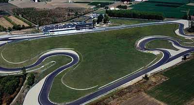 Circuito Modena : Autodromo di modena motor valley u il sito della terra dei